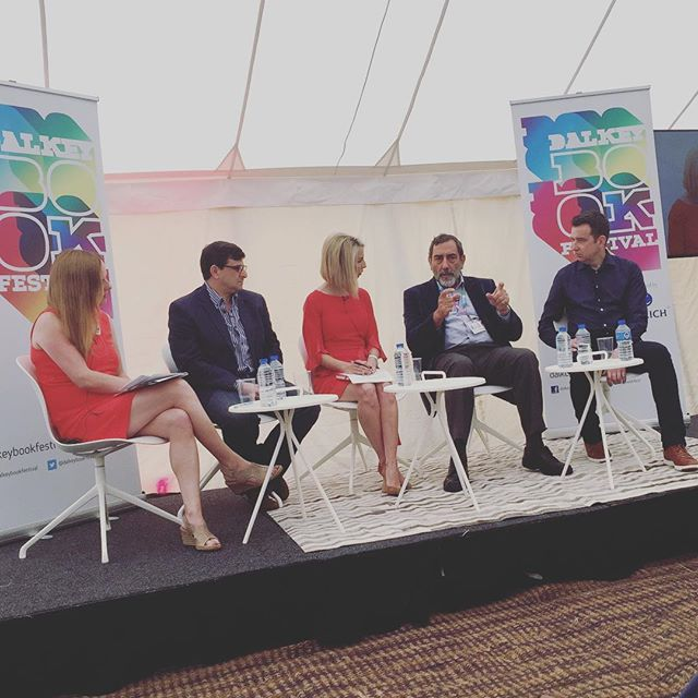 """There is a certain joylessness the way we stick to facts"" #robertshrimsley #dalkeybookfest #dalkeybookfestival2018 #heinekomm #fakenews #journalism"