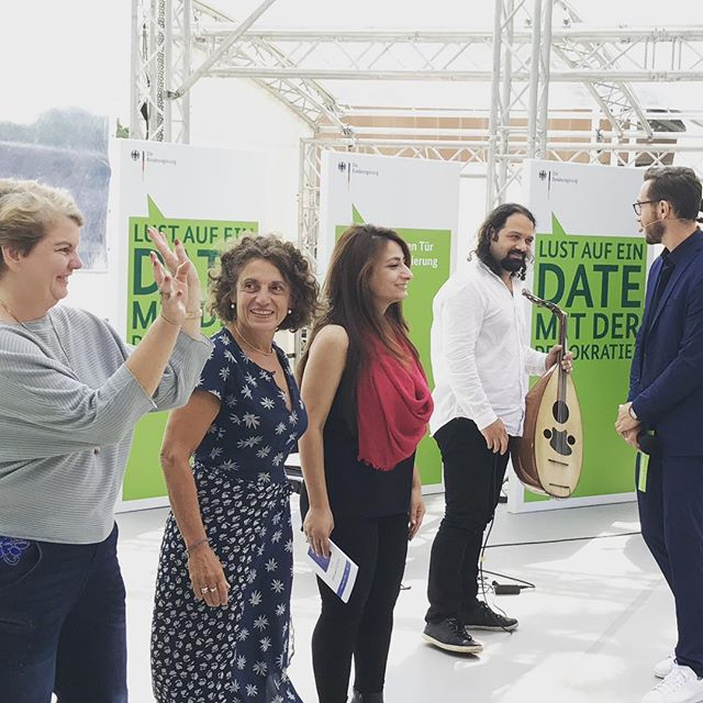 Finale und Applaus im #bundeskanzleramt mit #adrianaaltaras, @widad_nabi, @wassimmukdad und @ineskappert #weiterschreiben #heinekomm