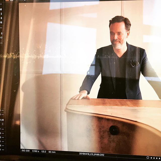 Photoday! #covershooting #marenjanningphotography #711renthamburg #producerslife #michaeltheedespieltudojürgens #inalllendingenlebteinlied #michaeltheede #udojürgens #steinwayd #klangmanufaktur #grandpiano #pianosolo #compactdisc #audiophiles #heinekomm