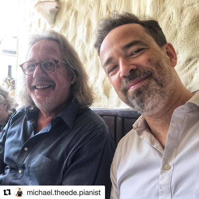 #Repost @michael.theede.pianist with @get_repost ・・・ After Show. #haraldmartenstein #prerelease #michaeltheedespieltudojürgens