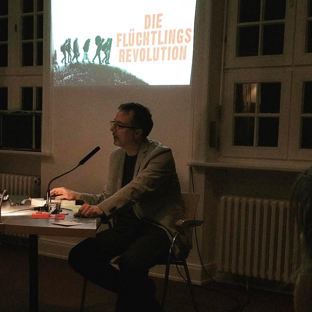 Lesung mit Marc Engelhardt zur #fluechtlingsrevolution #weltreporter #heinekomm